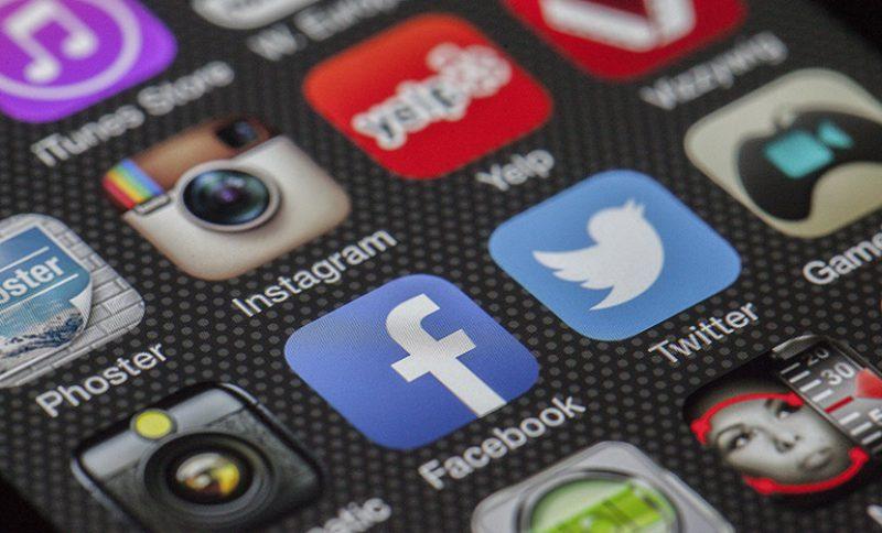 facebook-kiedy-publikowac-posty